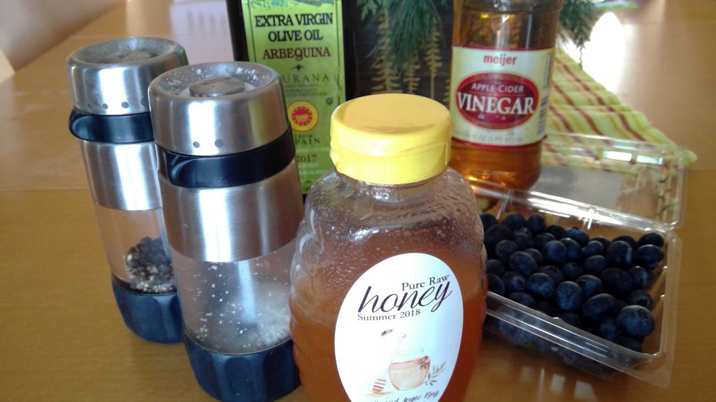 Ingredients for blueberry dressing